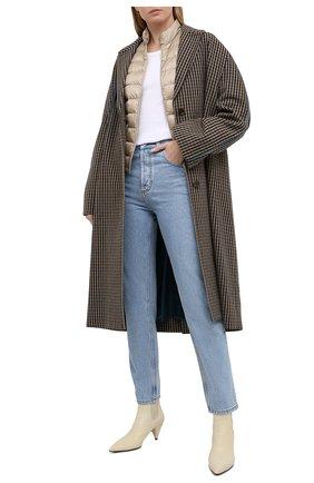 Женский пуховая куртка MONCLER бежевого цвета, арт. G1-093-1A101-00-53048 | Фото 2