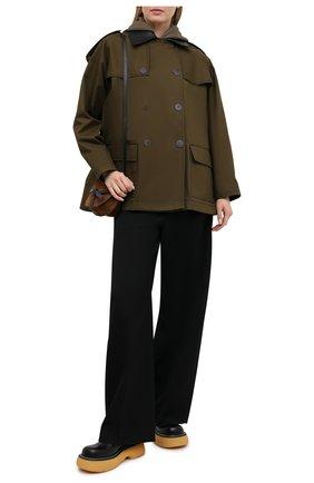 Женская хлопковая куртка LOEWE хаки цвета, арт. S359338XAT | Фото 2 (Длина (верхняя одежда): Короткие; Материал внешний: Хлопок; Рукава: Длинные; Кросс-КТ: Куртка; Стили: Милитари)