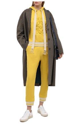 Женский хлопковое худи LOEWE желтого цвета, арт. S359341XA9   Фото 2