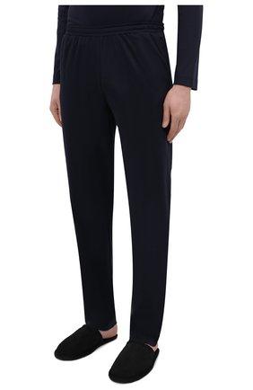 Мужские хлопковые домашние брюки ZIMMERLI темно-синего цвета, арт. 3460-95304 | Фото 3 (Длина (брюки, джинсы): Стандартные; Кросс-КТ: домашняя одежда; Мужское Кросс-КТ: Брюки-белье; Материал внешний: Хлопок)