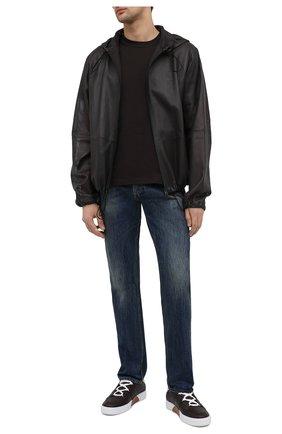 Мужские джинсы ALEXANDER MCQUEEN синего цвета, арт. 625680/QQY79 | Фото 2 (Силуэт М (брюки): Прямые; Материал внешний: Хлопок; Длина (брюки, джинсы): Стандартные; Кросс-КТ: Деним; Детали: Потертости; Стили: Кэжуэл)