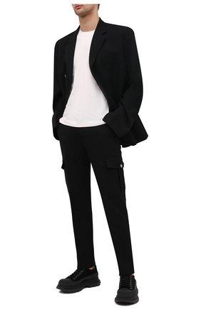Мужские замшевые кроссовки ALEXANDER MCQUEEN черного цвета, арт. 627225/WHBGU | Фото 2