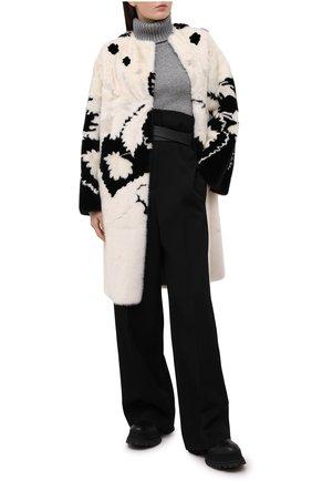 Женская шуба из меха норки VALENTINO черно-белого цвета, арт. VF3FAM421CF | Фото 2