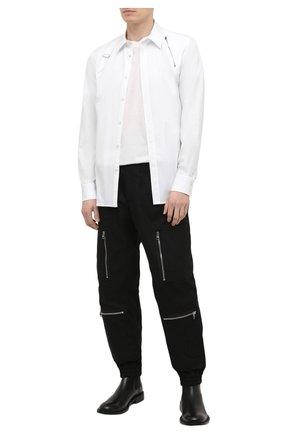 Мужская хлопковая рубашка ALEXANDER MCQUEEN белого цвета, арт. 630557/QPN44 | Фото 2