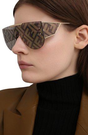 Женские солнцезащитные очки FENDI золотого цвета, арт. M0093 J5G   Фото 2
