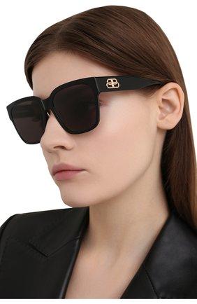 Женские солнцезащитные очки BALENCIAGA черного цвета, арт. BB0056S 001 | Фото 2