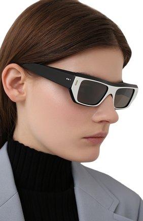 Женские солнцезащитные очки CUTLERANDGROSS черно-белого цвета, арт. 136704 | Фото 2