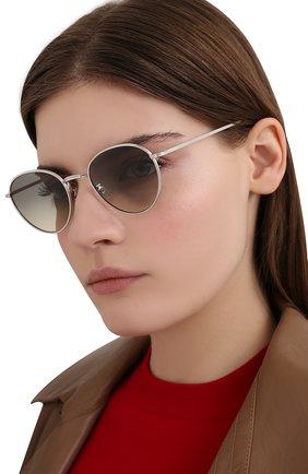 Женские солнцезащитные очки OLIVER PEOPLES серебряного цвета, арт. 1231ST-503632 | Фото 2