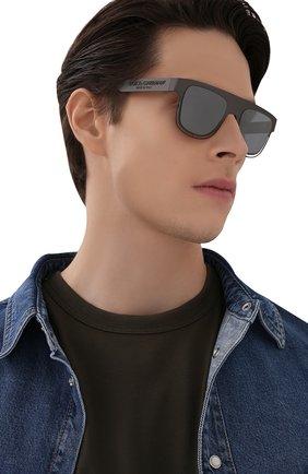 Мужские солнцезащитные очки DOLCE & GABBANA серого цвета, арт. 2232-12866G | Фото 2
