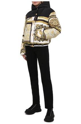 Женская пуховая куртка VERSACE золотого цвета, арт. A88471/1F00440 | Фото 2