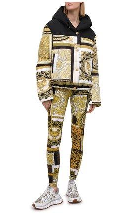 Женские леггинсы VERSACE золотого цвета, арт. A83807/1F00614 | Фото 2
