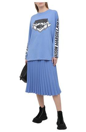 Женская хлопковый лонгслив MM6 голубого цвета, арт. S52GC0186/S23588 | Фото 2