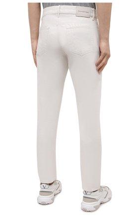 Мужские джинсы ERMENEGILDO ZEGNA белого цвета, арт. UWI60/JS01   Фото 4 (Силуэт М (брюки): Прямые; Кросс-КТ: Деним; Длина (брюки, джинсы): Стандартные; Материал внешний: Хлопок; Стили: Кэжуэл)