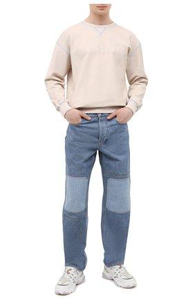 Мужские джинсы JW ANDERSON синего цвета, арт. DT0006 PG0427 | Фото 2 (Силуэт М (брюки): Широкие; Кросс-КТ: Деним; Длина (брюки, джинсы): Стандартные; Стили: Гранж; Материал внешний: Хлопок, Деним)