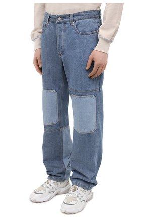 Мужские джинсы JW ANDERSON синего цвета, арт. DT0006 PG0427 | Фото 3 (Силуэт М (брюки): Широкие; Кросс-КТ: Деним; Длина (брюки, джинсы): Стандартные; Стили: Гранж; Материал внешний: Хлопок, Деним)