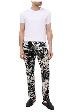Мужские домашние шелковые брюки TOM FORD черно-белого цвета, арт. T4H121370 | Фото 2