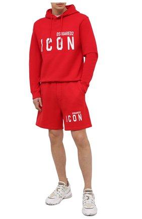 Мужской хлопковое худи DSQUARED2 красного цвета, арт. S79GU0003/S25042 | Фото 2 (Длина (для топов): Стандартные; Материал внешний: Хлопок; Принт: С принтом; Рукава: Длинные; Стили: Спорт-шик; Мужское Кросс-КТ: Худи-одежда)