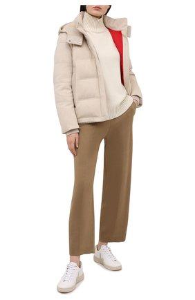Женский пуховая куртка LORO PIANA светло-бежевого цвета, арт. FAL4882 | Фото 2