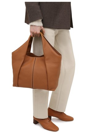 Женский сумка-шопер aou TOD'S светло-коричневого цвета, арт. XBWA0UA0200UCA   Фото 2
