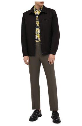 Мужская рубашка KNT желтого цвета, арт. UCK0104H0772201 | Фото 2 (Принт: С принтом; Длина (для топов): Стандартные; Случай: Повседневный; Материал внешний: Синтетический материал; Манжеты: На кнопках; Стили: Кэжуэл; Воротник: Акула; Рукава: Длинные)