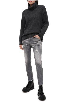 Женские джинсы DSQUARED2 серого цвета, арт. S75LB0445/S30260 | Фото 2
