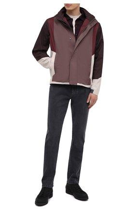 Мужская куртка Z ZEGNA коричневого цвета, арт. VW050/ZZ043 | Фото 2 (Рукава: Длинные; Материал внешний: Синтетический материал; Кросс-КТ: Ветровка, Куртка; Материал подклада: Синтетический материал; Длина (верхняя одежда): Короткие; Стили: Кэжуэл)