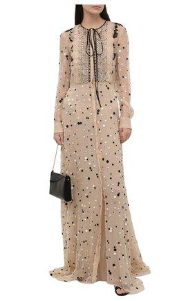Женское шелковое платье VALENTINO кремвого цвета, арт. VB3VDB715WC   Фото 2 (Рукава: Длинные; Случай: Вечерний; Длина Ж (юбки, платья, шорты): Макси; Стили: Романтичный; Материал подклада: Шелк; Женское Кросс-КТ: Платье-одежда; Материал внешний: Шелк)