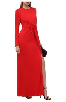 Женское платье из вискозы ALEXANDER MCQUEEN красного цвета, арт. 645893/QLAA0   Фото 2 (Женское Кросс-КТ: Платье-одежда; Стили: Романтичный; Случай: Вечерний; Рукава: Длинные; Длина Ж (юбки, платья, шорты): Миди; Материал внешний: Вискоза; Материал подклада: Синтетический материал)