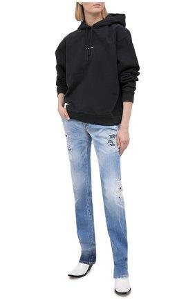 Женские джинсы DSQUARED2 голубого цвета, арт. S75LB0447/S30342 | Фото 2