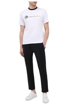 Мужская хлопковая футболка GIORGIO ARMANI белого цвета, арт. 3KSM72/SJRQZ   Фото 2 (Материал внешний: Хлопок; Длина (для топов): Стандартные; Принт: С принтом; Рукава: Короткие; Стили: Кэжуэл)