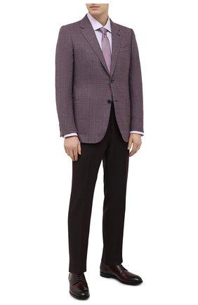Мужская сорочка из хлопка и шелка BRIONI сиреневого цвета, арт. RCL40L/P007Y | Фото 2 (Рукава: Длинные; Рубашки М: Regular Fit; Случай: Формальный; Принт: Однотонные; Материал внешний: Хлопок; Воротник: Акула; Длина (для топов): Стандартные; Манжеты: На пуговицах; Стили: Классический)