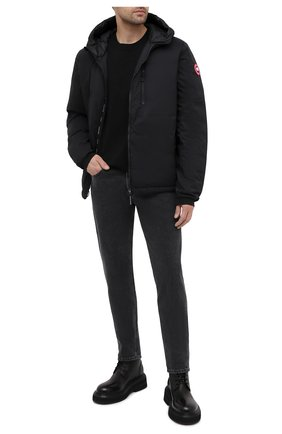 Мужская пуховая куртка lodge CANADA GOOSE черного цвета, арт. 5078M | Фото 2 (Стили: Спорт-шик, Гранж; Материал внешний: Синтетический материал; Мужское Кросс-КТ: пуховик-короткий; Длина (верхняя одежда): Короткие; Материал подклада: Синтетический материал; Рукава: Длинные; Кросс-КТ: Куртка; Материал утеплителя: Пух и перо)