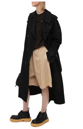 Женские кожаные шорты BOTTEGA VENETA бежевого цвета, арт. 652786/V0IT0 | Фото 2