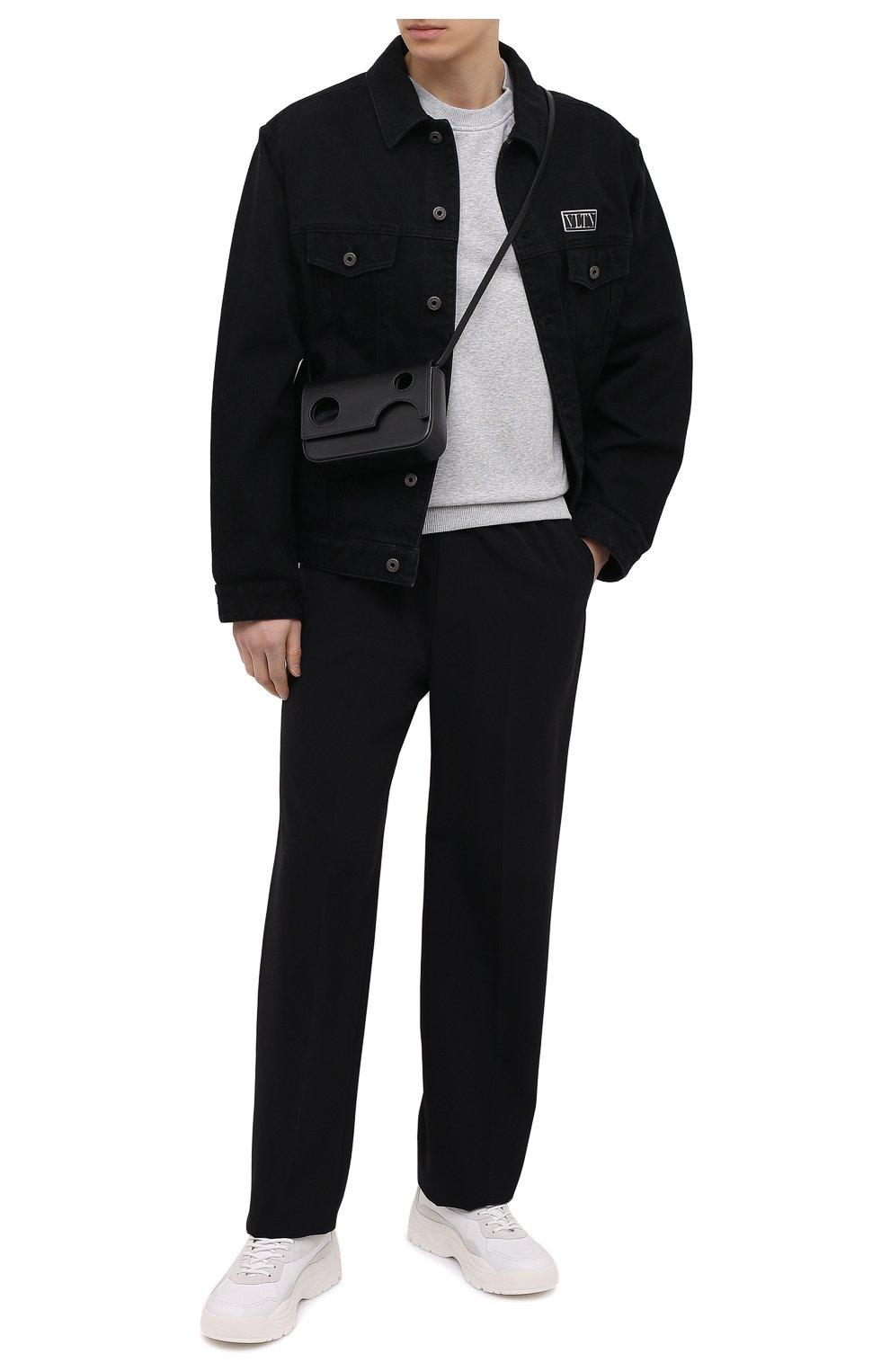 Мужская кожаная сумка OFF-WHITE черного цвета, арт. 0MNP003R21LEA001 | Фото 2 (Материал: Натуральная кожа; Ремень/цепочка: На ремешке)