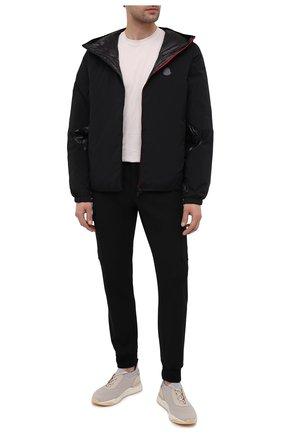 Мужская пуховая куртка 2 moncler 1952 MONCLER GENIUS черного цвета, арт. G1-092-1A539-40-M1137 | Фото 2 (Мужское Кросс-КТ: пуховик-короткий; Стили: Гранж; Материал внешний: Синтетический материал; Материал утеплителя: Пух и перо; Кросс-КТ: Куртка; Рукава: Длинные; Материал подклада: Синтетический материал; Длина (верхняя одежда): Короткие)