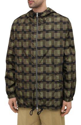 Мужская куртка DRIES VAN NOTEN хаки цвета, арт. 211-20509-2133   Фото 3 (Кросс-КТ: Куртка, Ветровка; Рукава: Длинные; Длина (верхняя одежда): До середины бедра; Материал внешний: Синтетический материал; Стили: Гранж; Принт: С принтом; Материал подклада: Синтетический материал)