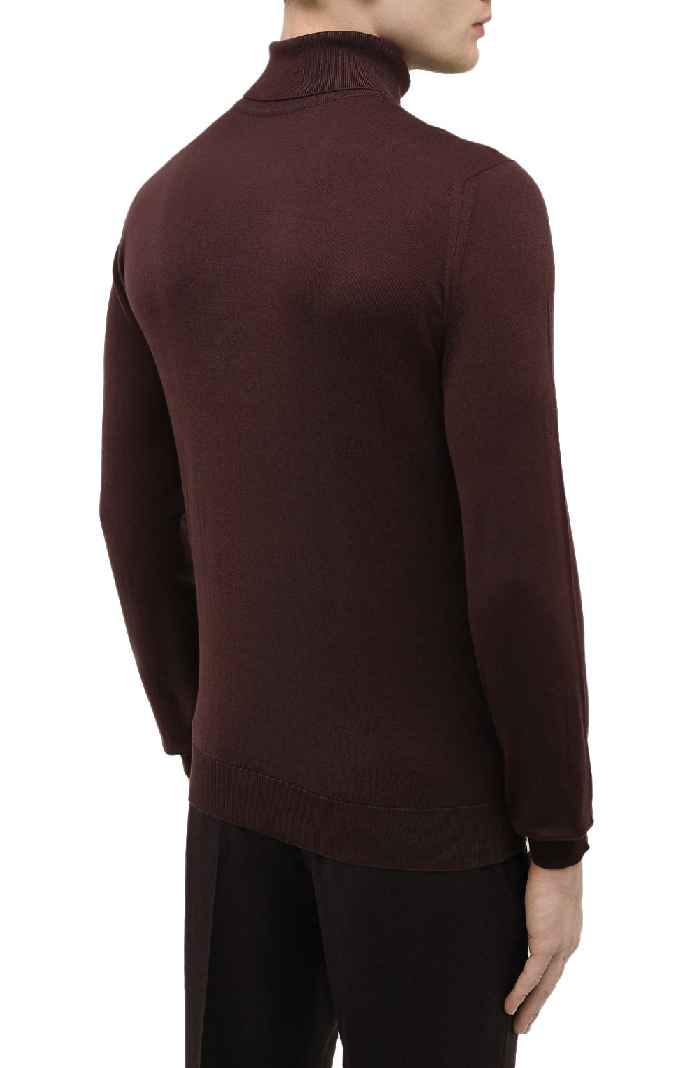 Мужской хлопковая водолазка JOHN SMEDLEY темно-коричневого цвета, арт. HAWLEY | Фото 4 (Рукава: Длинные; Принт: Без принта; Длина (для топов): Стандартные; Материал внешний: Хлопок; Мужское Кросс-КТ: Водолазка-одежда; Стили: Кэжуэл)