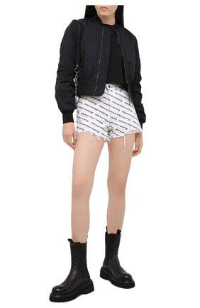 Женские джинсовые шорты DENIM X ALEXANDER WANG черно-белого цвета, арт. 4DC1214899   Фото 2