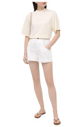 Женские джинсовые шорты FORTE DEI MARMI COUTURE кремвого цвета, арт. 21SF9876 | Фото 2