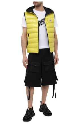 Мужские хлопковые шорты 2 moncler 1952 MONCLER GENIUS черного цвета, арт. G1-092-2B703-00-5499M | Фото 2 (Длина Шорты М: Ниже колена; Принт: Без принта; Стили: Гранж; Мужское Кросс-КТ: Шорты-одежда; Материал внешний: Хлопок)