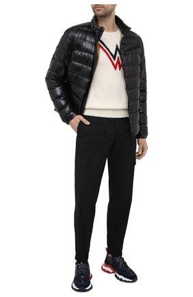 Мужские джоггеры 2 moncler 1952 MONCLER GENIUS черного цвета, арт. G1-092-2A725-40-M1137 | Фото 2 (Силуэт М (брюки): Джоггеры; Материал внешний: Синтетический материал; Стили: Спорт-шик; Длина (брюки, джинсы): Стандартные)