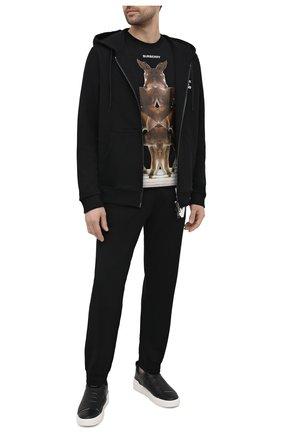 Мужские хлопковые джоггеры BURBERRY черного цвета, арт. 8037590 | Фото 2