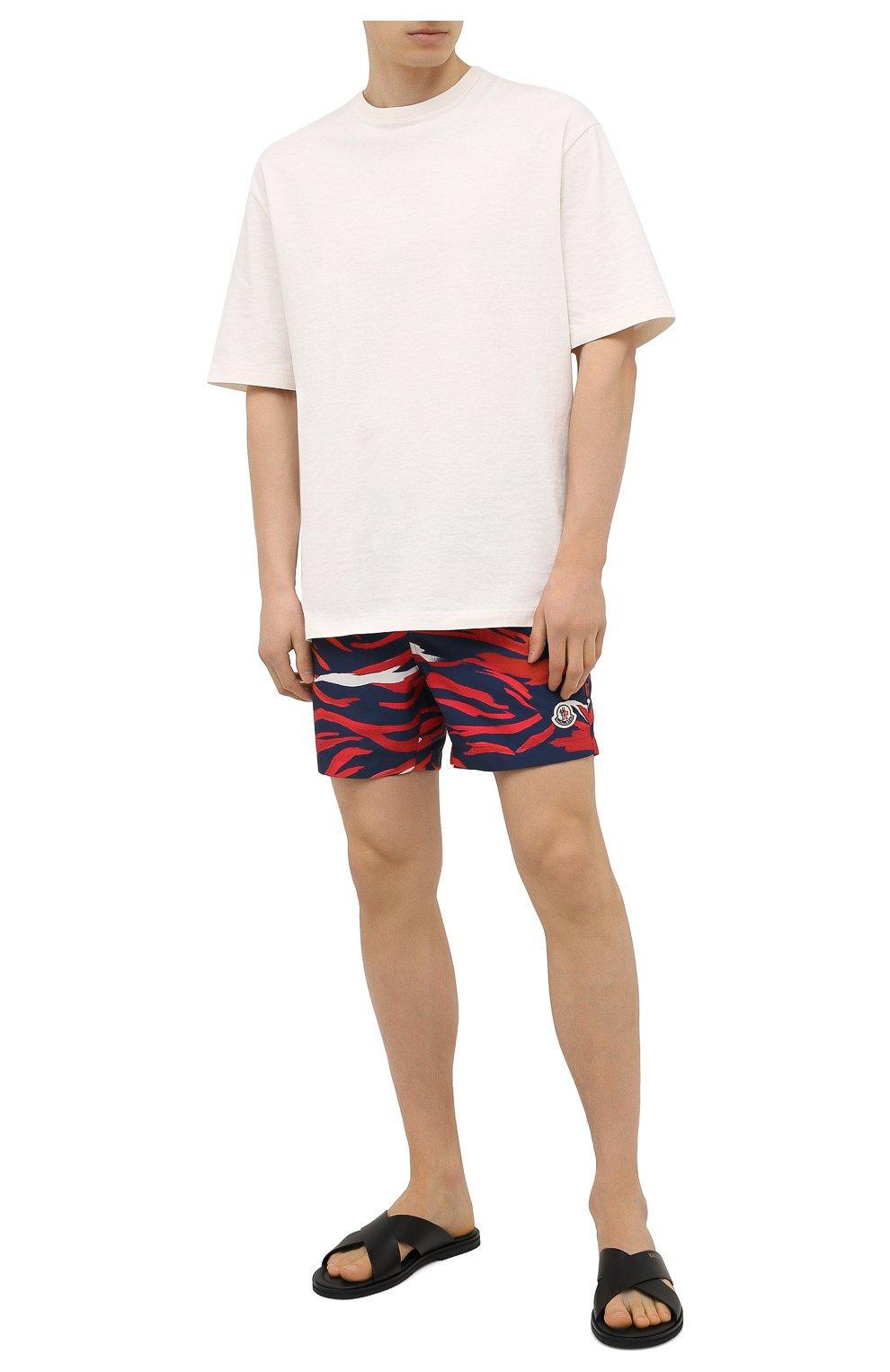 Мужские плавки-шорты MONCLER разноцветного цвета, арт. G1-091-2C708-00-5956L | Фото 2 (Материал внешний: Синтетический материал; Принт: С принтом; Мужское Кросс-КТ: плавки-шорты)