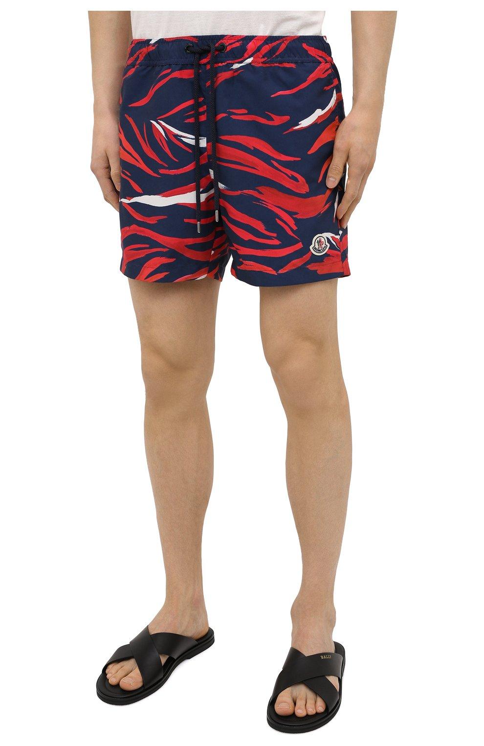 Мужские плавки-шорты MONCLER разноцветного цвета, арт. G1-091-2C708-00-5956L | Фото 3 (Материал внешний: Синтетический материал; Принт: С принтом; Мужское Кросс-КТ: плавки-шорты)