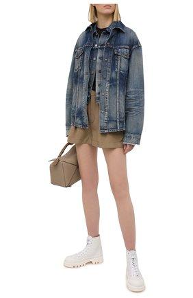 Женский джинсовый жилет SAINT LAURENT синего цвета, арт. 638478/Y945Q | Фото 2 (Женское Кросс-КТ: Жилет-одежда; Стили: Гранж; Кросс-КТ: Деним; Длина (верхняя одежда): Короткие; Материал внешний: Хлопок, Деним)
