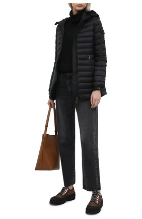 Женский пуховая куртка MONCLER черного цвета, арт. G1-093-1B113-00-5396Q | Фото 2