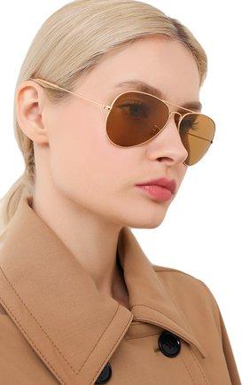 Женские солнцезащитные очки RAY-BAN золотого цвета, арт. 3025-90644I | Фото 2