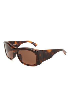 Женские солнцезащитные очки BALENCIAGA коричневого цвета, арт. BB0001 002 | Фото 1