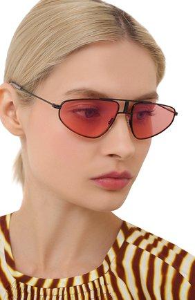 Женские солнцезащитные очки CARRERA розового цвета, арт. CARRERA 1021 0IT   Фото 2 (Оптика Гендер: оптика-унисекс; Тип очков: С/з; Очки форма: D-форма)