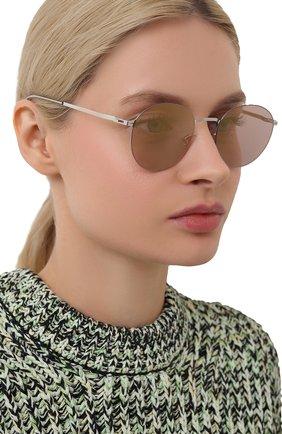 Женские солнцезащитные очки MYKITA серебряного цвета, арт. T0M0MI/SHINYSILVER/P0WDER FLASH 051 | Фото 2 (Оптика Гендер: оптика-женское; Тип очков: С/з; Очки форма: Круглые)